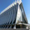 【コロラドスプリングス】エアフォースアカデミー(空軍士官学校)の見どころを紹介。未来の士官候補生の学び舎!